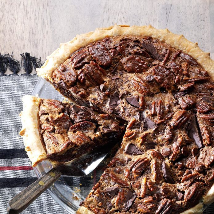 Ultimate Chocolate Chunk Pecan Pie