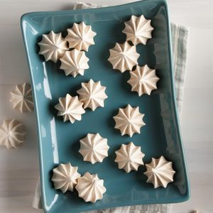 Vanilla Meringue Cookies