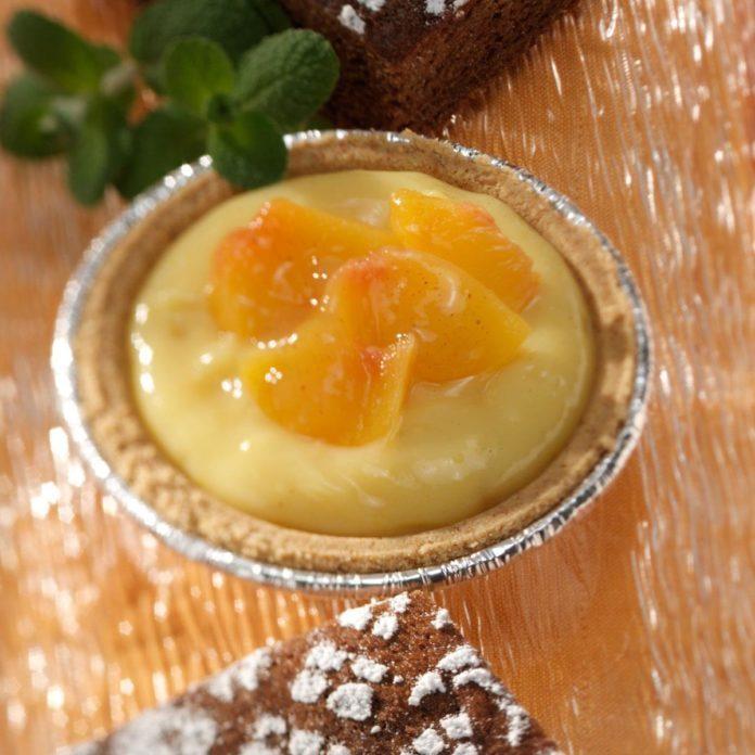 Vanilla Peach Tarts