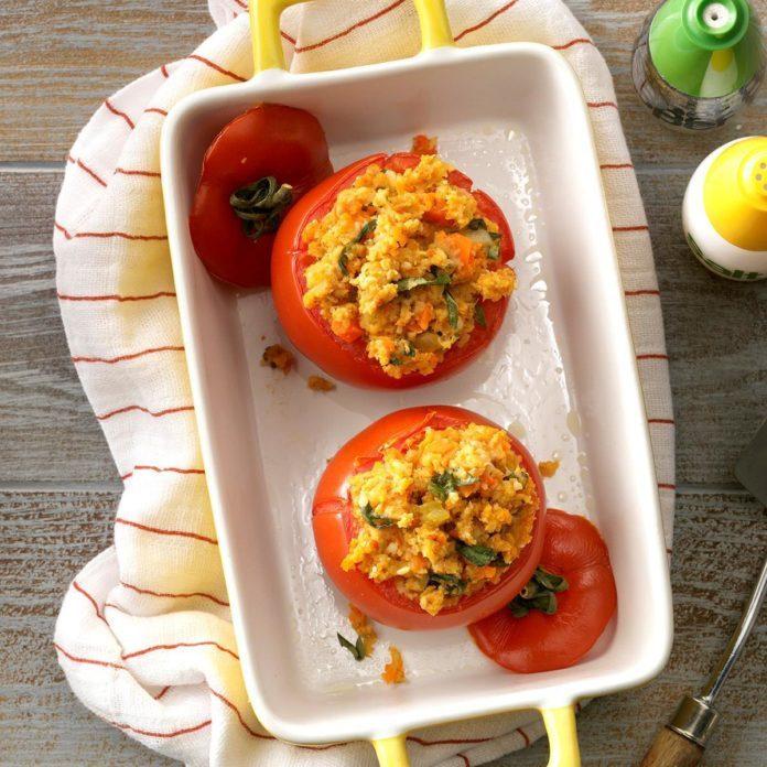 Veggie-Stuffed Tomatoes
