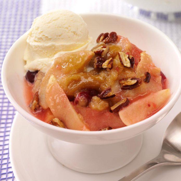 Warm Apple-Cranberry Dessert