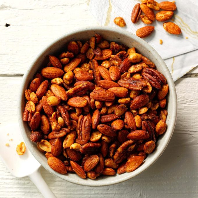 Warm Spiced Nuts Exps Thd18 45834 E08 01 11b