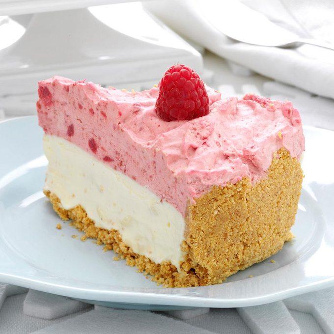 White Chocolate Raspberry Mousse Cheesecake Exps125883 Thca2449046b01 20 2bc Rms 4