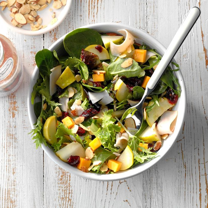 Yellow Squash Turkey Salad Exps Sdas18 28399 D03 30  4b 2