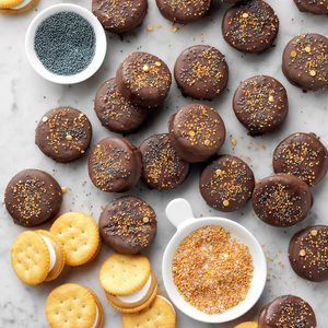 Yummy Cracker Snacks
