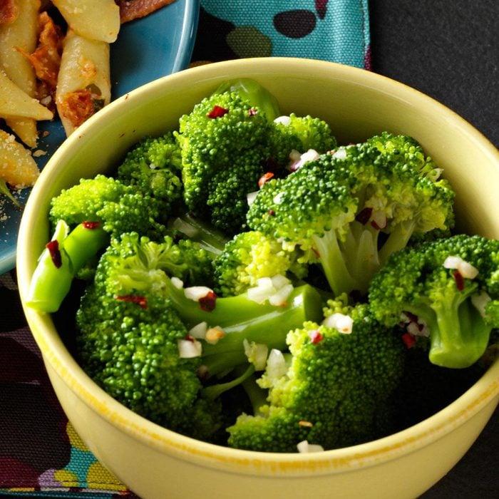Zesty Garlic Broccoli Exps10414 Sd2232457b08 22 2bc Rms 4