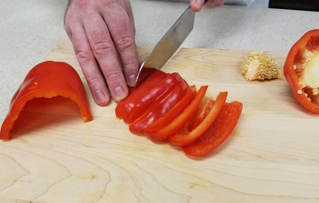 how to store cut bell peppers