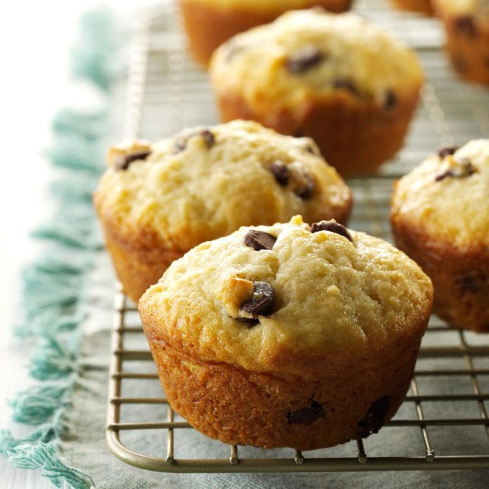 Idaho: Sour Cream Chip Muffins