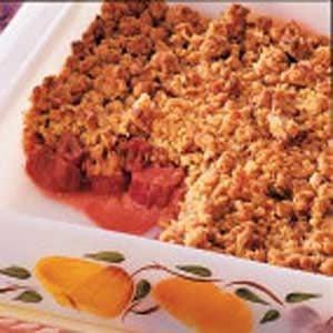 Rhubarb Granola Crisp