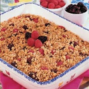 Berry Apple Crumble