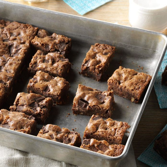 Inspired by Candy Land: Candy Bar Brownies