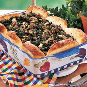 Spinach Beef Biscuit Bake