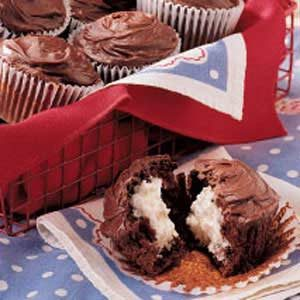Cream-Filled Chocolate Cupcakes