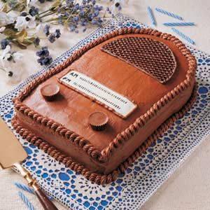 Antique Radio Cake