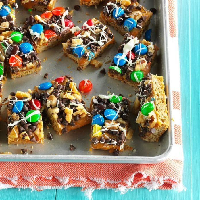 M&M Oat Bars