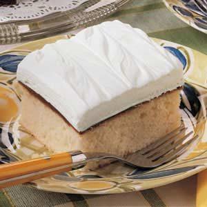 White Chocolate Fudge Cake