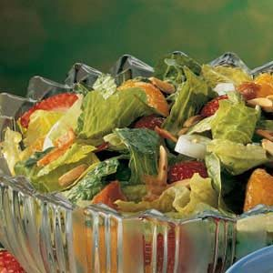 Berry-Mandarin Tossed Salad