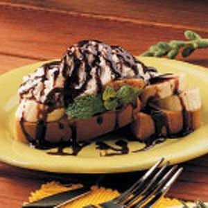 Banana Split Shortcake