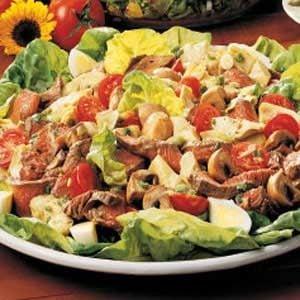 Artichoke Steak Salad