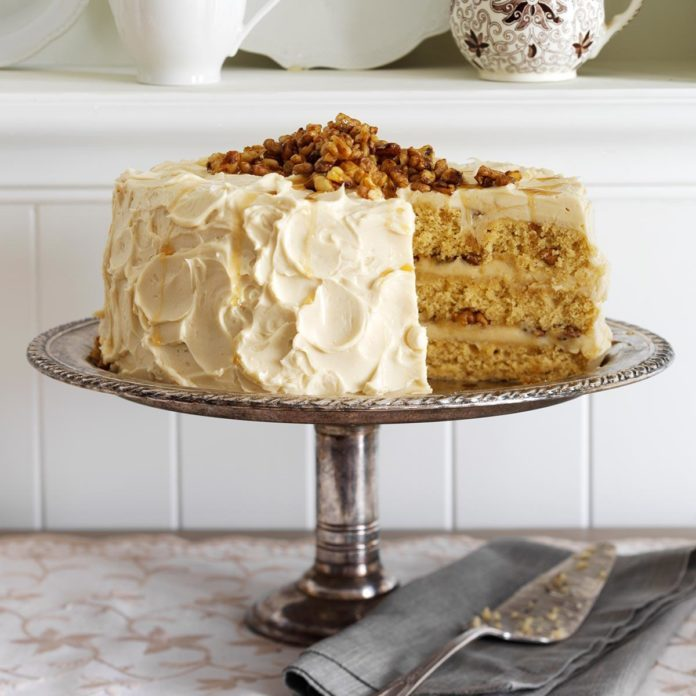 New York: Maple Walnut Cake