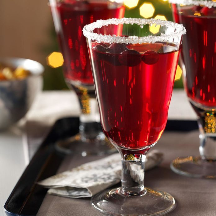 After-Dinner Drinks: Cranberry Pomegranate Margaritas