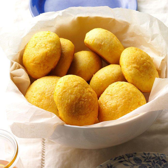 Butternut Squash Dinner Rolls
