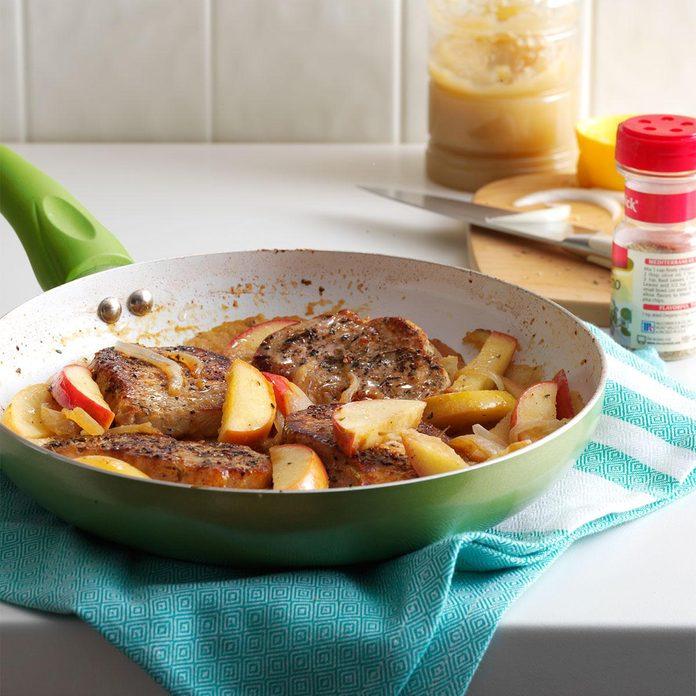 Skillet Pork Chops with Apples