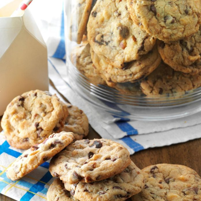Stand Mixer: Super Chunky Cookies