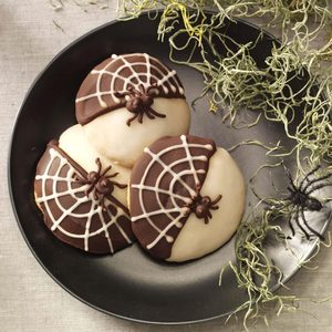 Black & White Spider Cookies