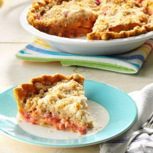 Apple Rhubarb Crumb Pie