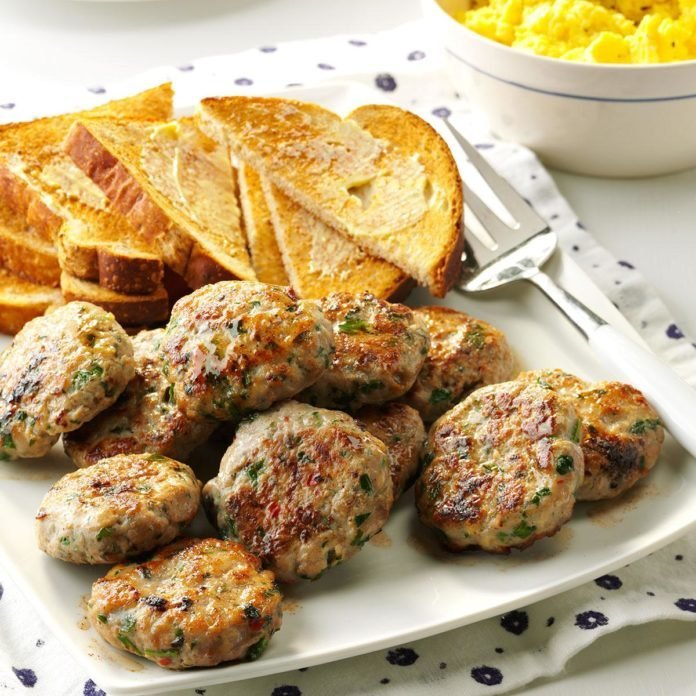 Breakfast in Bed: Apple-Sage Sausage Patties