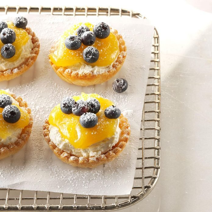 Party-Ready Easter Buffet: Lemon Cheesecake Tarts
