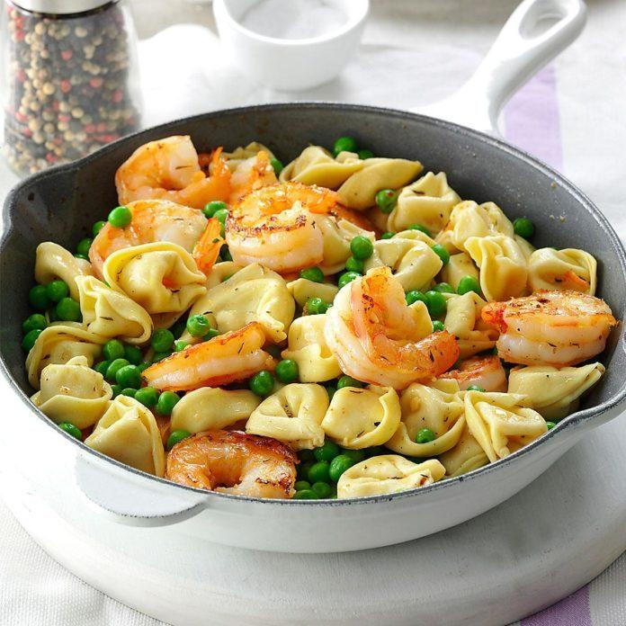 Make: Shrimp Tortellini Pasta Toss