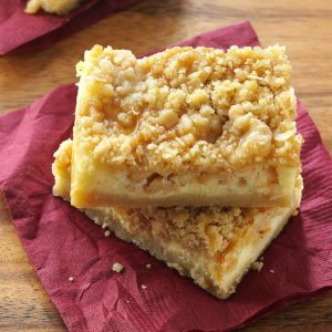 Apple Caramel Cheesecake Bars