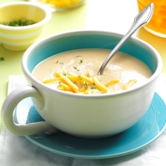 Cheddar Cauliflower Soup