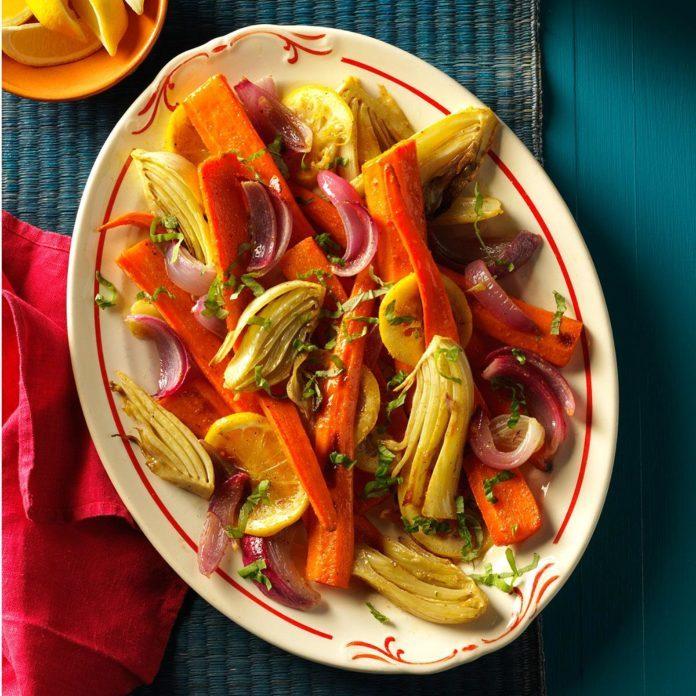 Vegan Roasted Carrots & Fennel