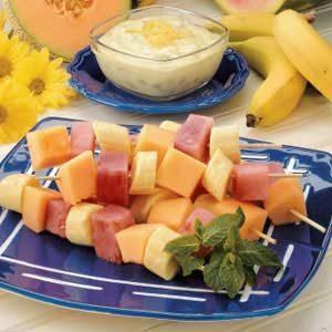 Fruit with Yogurt Sauce