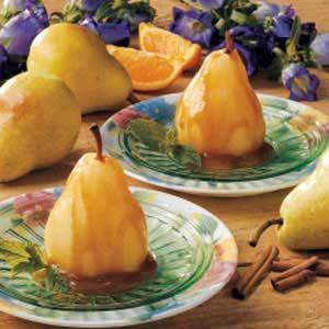 Pears with Spiced Caramel Sauce