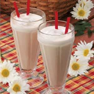 Frosty Chocolate Malted Shakes