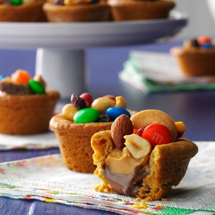 West Virginia: Trail Mix Cookie Cups