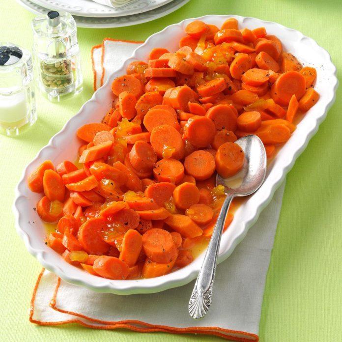 Peach-Glazed Carrots