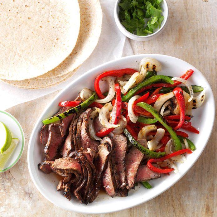 Simple Grilled Steak Fajitas