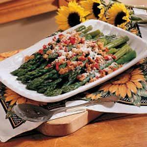 Asparagus with Pimientos