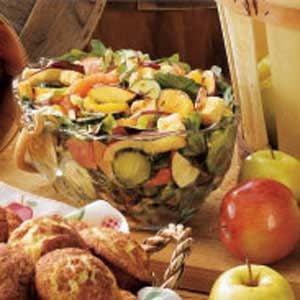 Citrus-Apple Tossed Salad