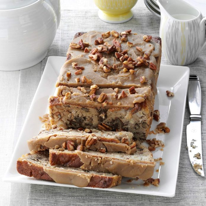 Praline-Topped Apple Bread