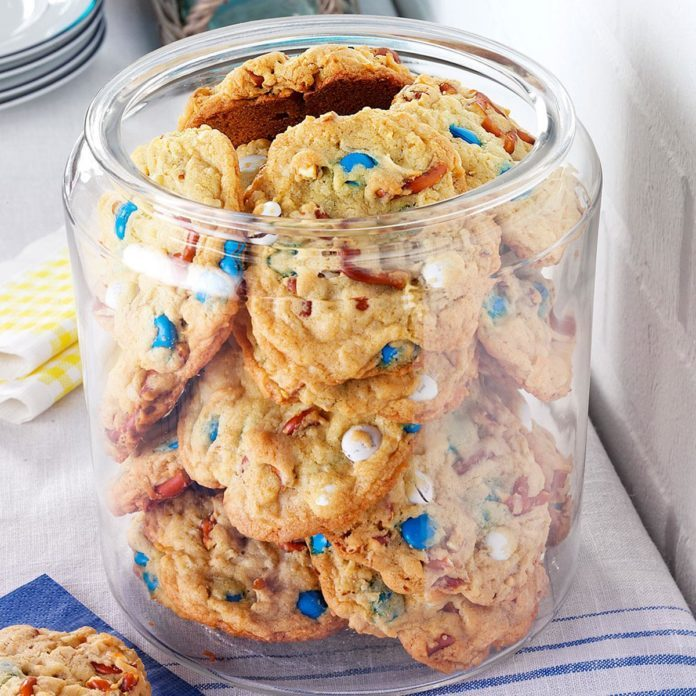 Oregon: Loaded-Up Pretzel Cookies