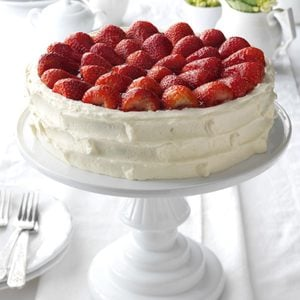 Strawberry Walnut Torte