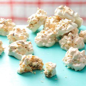 White Chocolate Maple Pecan Macaroons