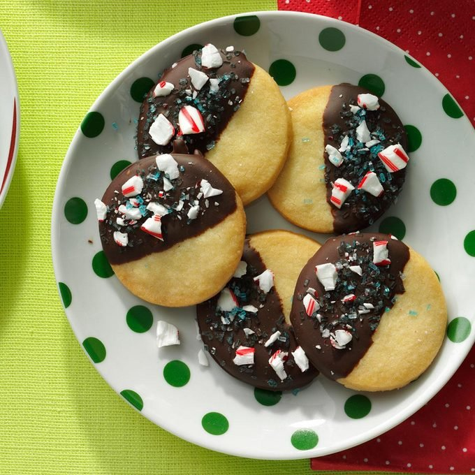 Mint-Chocolate Dipped Shortbread Cookies