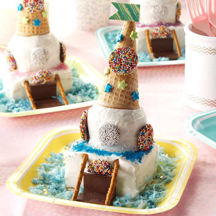 Miniature Castle Cakes